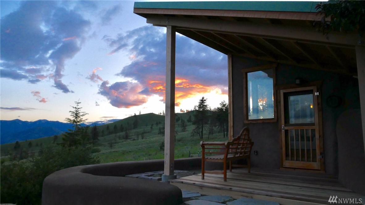 There are still quiet places- Earthship home on 20 acres of privacy overlooking the picturesque Methow Valley and eastern slopes of the Cascade Mountains. Permaculture ready, off-grid sustainability, independent living, and all surrounded by unparalleled beauty.