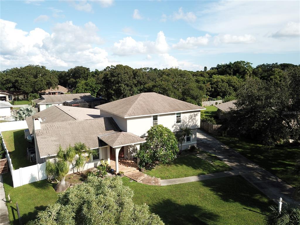 915 Cimarron Circle, Bradenton, FL 34209