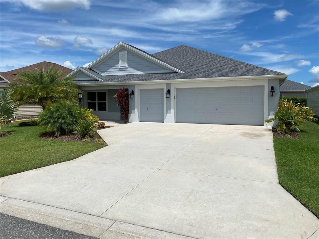 4305 Springdale Path, The Villages, FL 32163