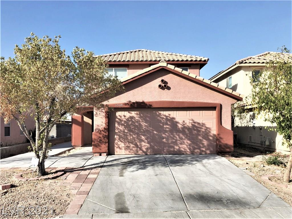Four bedroom two and a half  bathroom home in Southwest Las Vegas. Enjoy wood laminate/tile flooring throughout, washer/dryer in unit, two car attached garage, and fully fenced backyard.  All utilities, housewares, linens, cable and WiFi are included with your stay. Great location, only 15 minutes from Las Vegas Strip, Raiders stadium, and McCarran Airport. Easy access to the freeway, nearby shopping, dining and parks. Available for long-term or short-term stays.