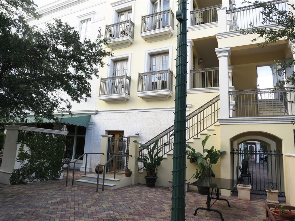 445 N Orange Avenue 210, Sarasota, FL 34236