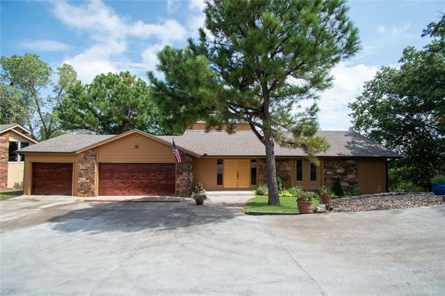 617 N Oakridge Drive, Sand Springs, OK 74063