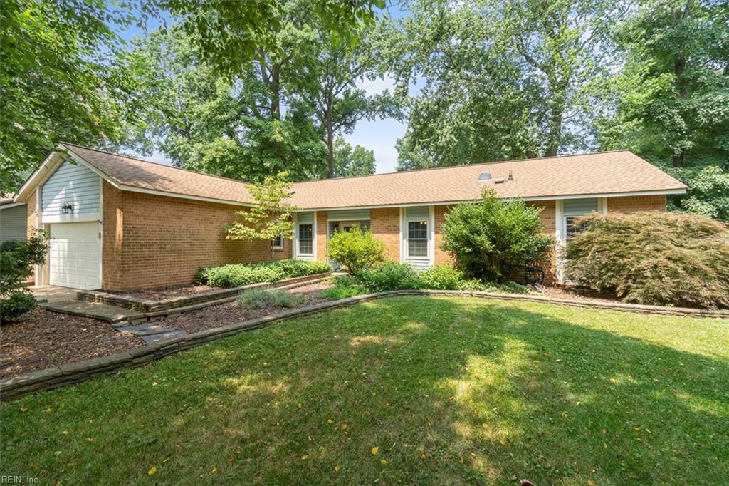 1409 Bayberry Court S, Chesapeake, VA 23320