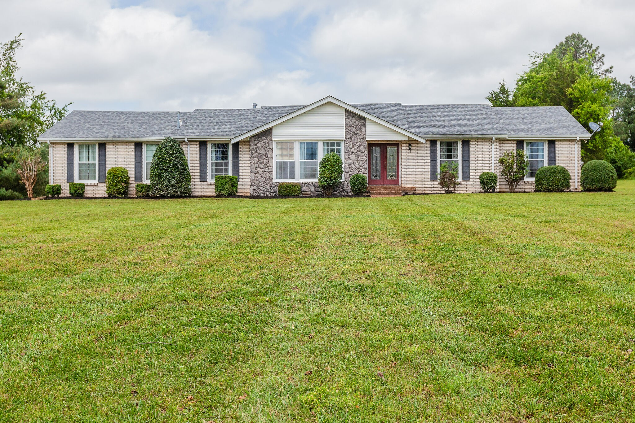 Beautiful, level land, with great renovation or dream home potential. This home has only had one owner and sits on 3 acres in Arrington. Roof 3-4 years old, HVAC in 2019, water heater in 2019, & septic pumped in 2019. The bones are very good! Professional photos coming soon. Seller will not make any repairs, selling as-is.