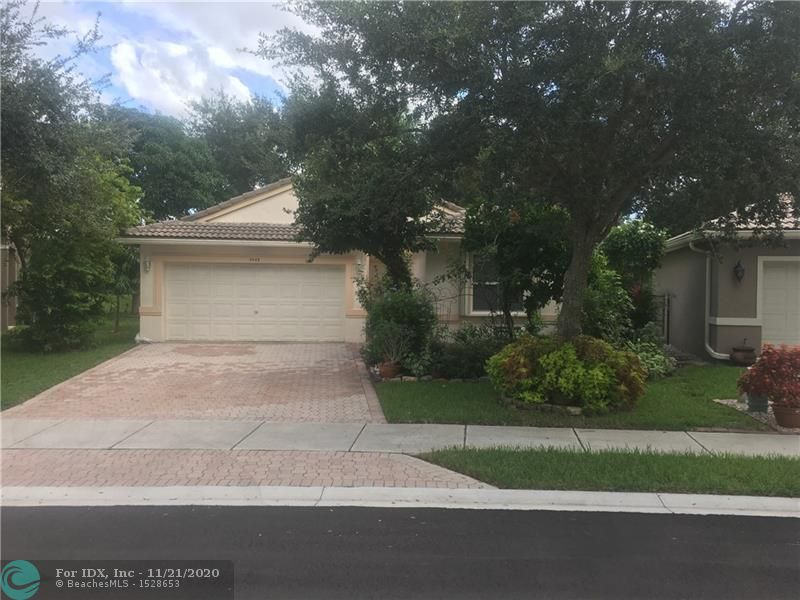SERENE INDIGO LAKES COMMUNITY LOCATED IN WINSTON PARK COCONUT CREEK. 3 BEDROOMS, 3RD BEDROOM CONVERTED INTO A DEN. 2 BATHROOMS, FAMILY, LIVING/DININGROOM, UTILITY ROOM. BEAUTIFUL PATIO GARDEN AREA, A BUTTERFLY HAVEN WITH FRUIT TREES. GATED COMMUNITY WITH COMMUNITY POOL.