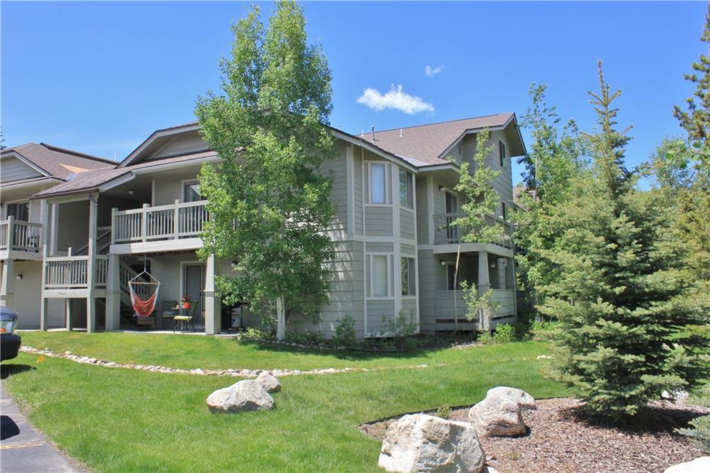 Unit 1505-204 is on the south end of the complex and is a top floor unit with two decks