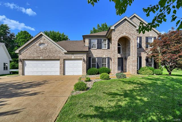 2190 Englewood Terr, Chesterfield, MO 63017