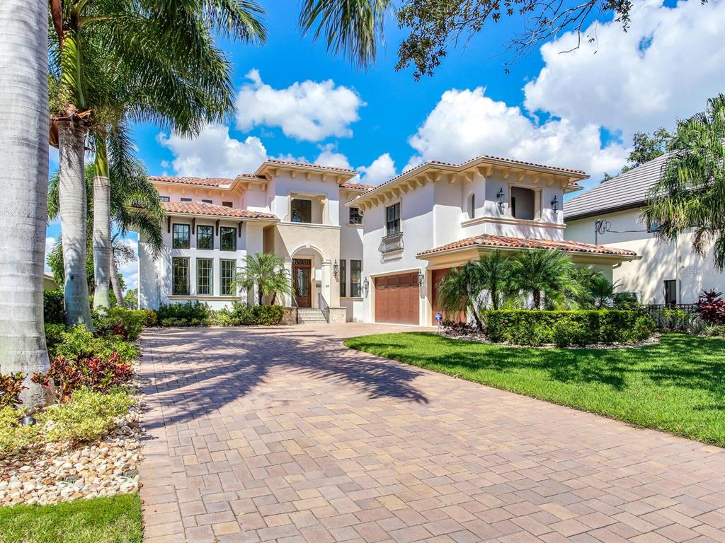64 Martinique Avenue, Tampa, FL 33606