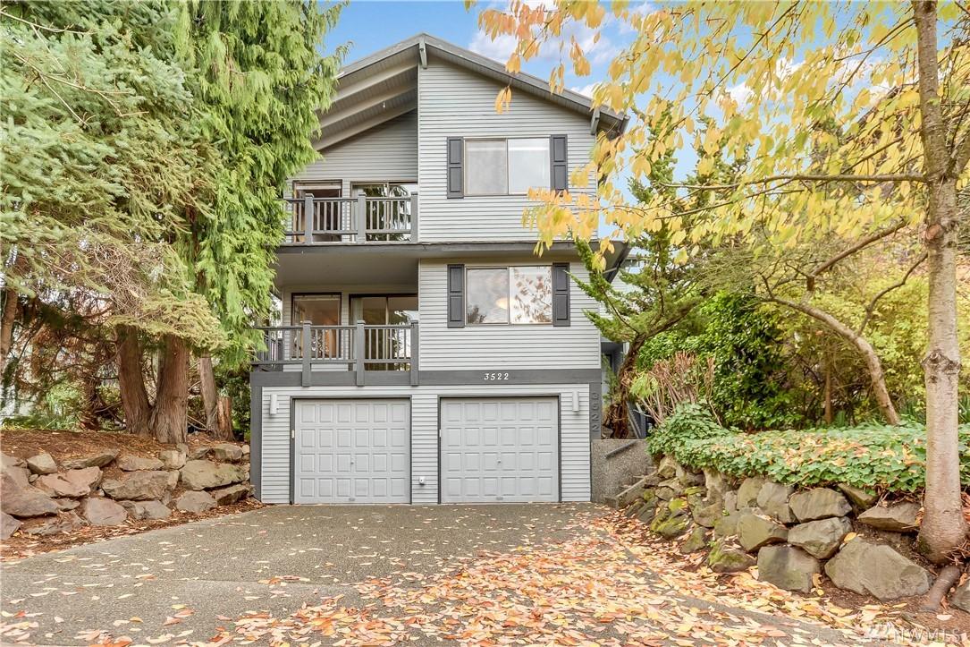 3522 Densmore Ave N, Seattle, WA 98103