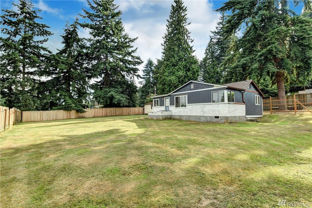 14814 Manor Wy, Lynnwood, WA 98087