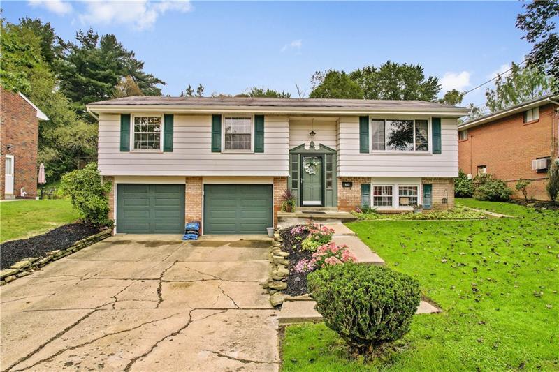 318 Lime Oak Drive, Penn Hills, PA 15235