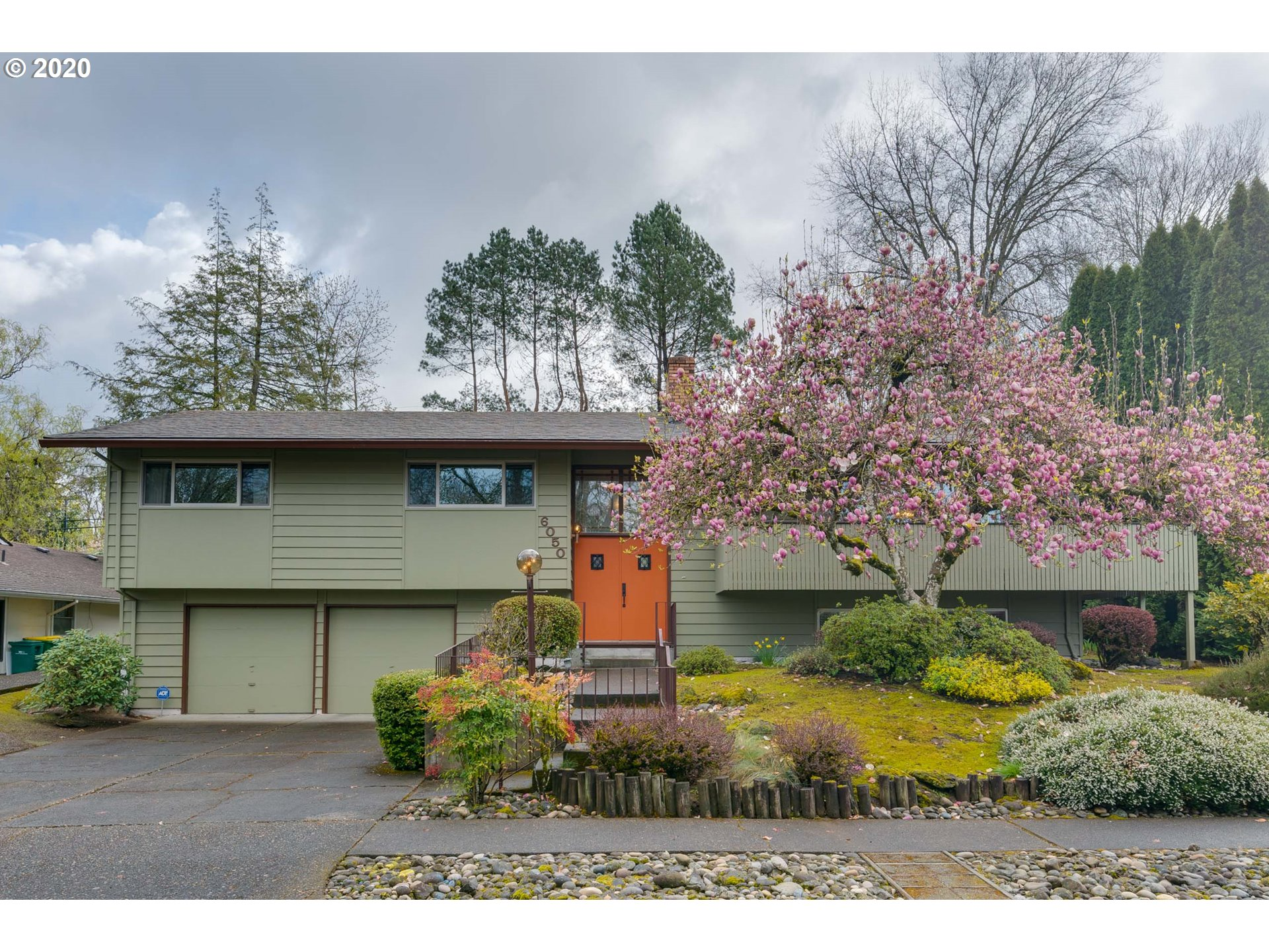 See Virtual Tour to explore this terrific, mid-century split-level in desirable Royal Woodlands.   Original owner w master suite, chic vaulted living room w/ wrap around balcony, dependable floor plan w informal eating area off kitchen &  basement family rm & bonus office/den. Oversized 8200 sf lot w delightful backyard. 2018: New upper windows, ext paint, & slider doors. Great opportunity to live in an utterly charming mid-century neighborhood complete with egg hunts and 4th of July parades!