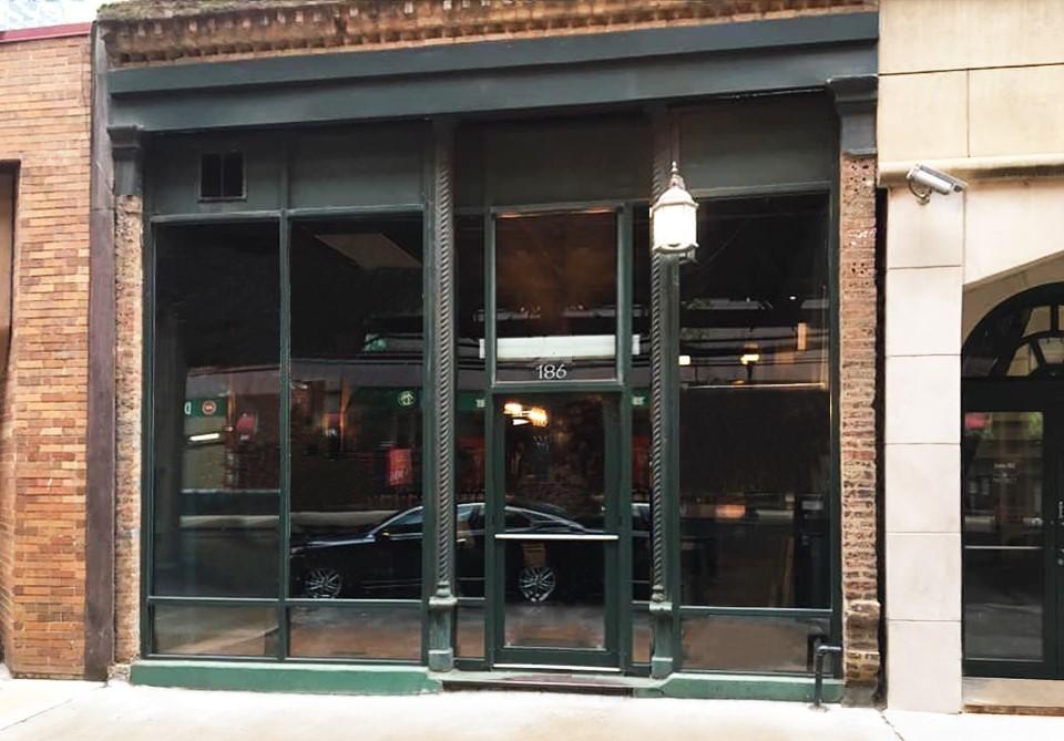 186 N Wells Street, Chicago, IL 60606