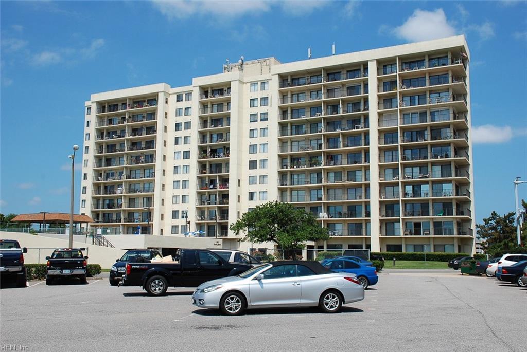 500 Pacific Avenue 203, Virginia Beach, VA 23451