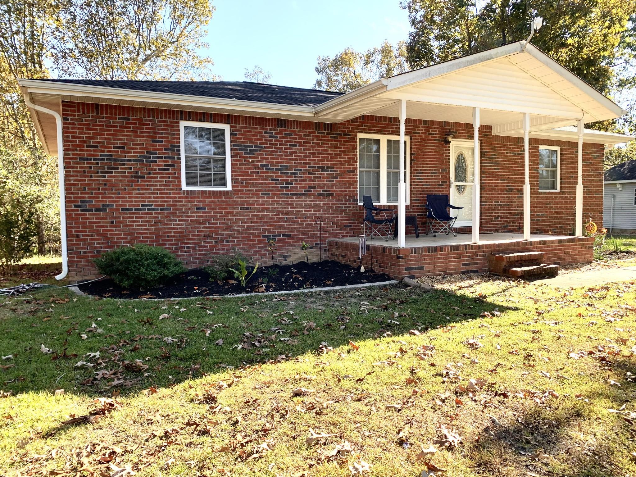 306 Connie Lynn Dr, Camden, TN 38320