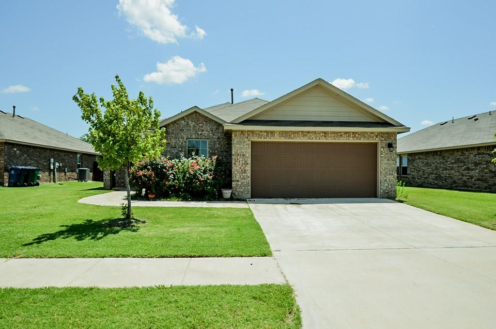 Great investment with instant equity on this short sale! This home is in the Homestead at Horn Valley community that offers a playground, splash pad and meandering lake! It's walking distance from the Rt 66 Skate Park & the Rt 66 Park & recreation area at Lake Overholser! Lots of versatility with this floorplan. The cook will love this Kitchen with granite countertops, gas stove and walkin pantry. Office/study right off foyer and split bedroom plan with big Mater suite in back and three bedrooms near front sharing the hall bath. Act now! Needs a little TLC. Make us an offer we can't refuse!! ;-)!   This a bank approved price!