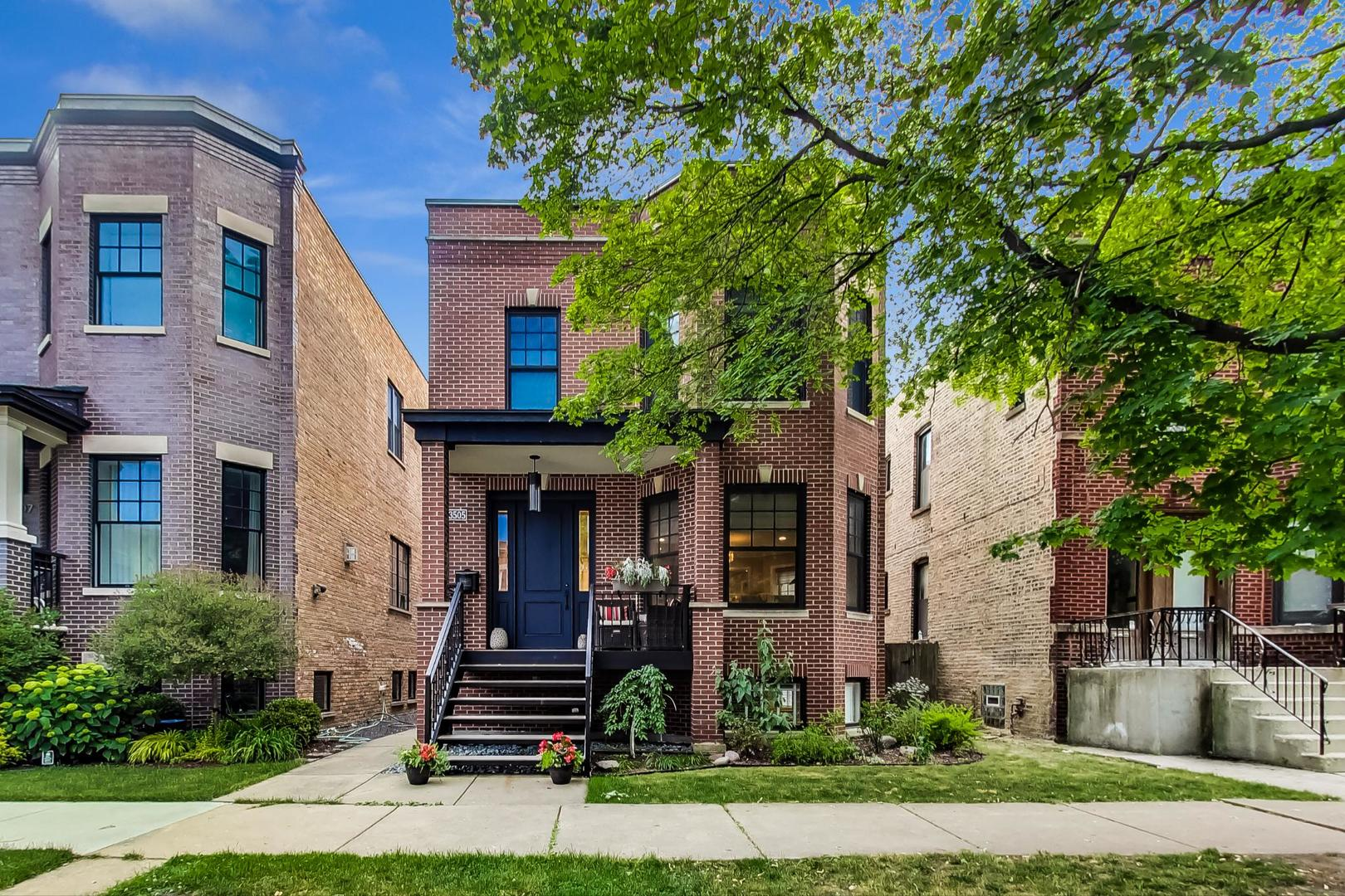 3505 N Bell Avenue, Chicago, IL 60618
