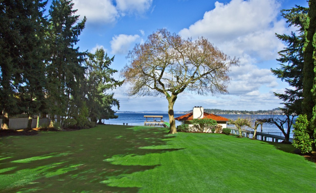 Cherished Faben Point waterfront. Located in one of Mercer Island's most sought after areas, this rare waterfront estate is offered for the first time in over 70 years. Sited on 1.3 lush acres surrounded by gardens, trees and rolling green lawns. An impressive compound? A builder's blank canvas? An in-city retreat just minutes from downtown Seattle and Bellevue. An easy 10 minute drive to Boeing Field. In addition to 112 feet of lakefront, the estate features a guest house & cabana!