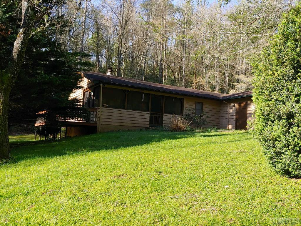 726 Blue Valley Road, Highlands, NC 28741
