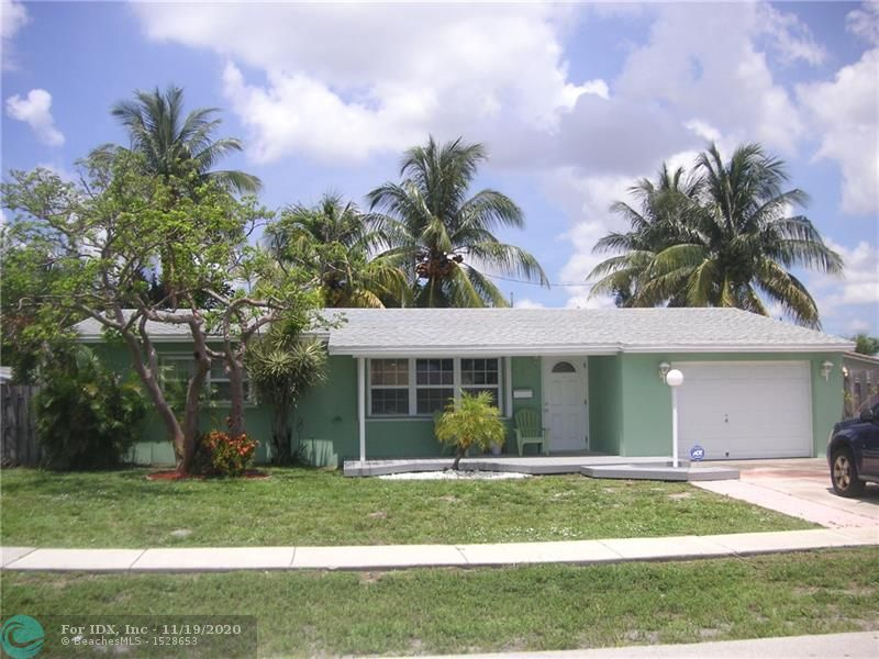 VERY NICE 3 BR HOME WITH 1 CAR GARAGE., GREAT BACKYARD POOL AND PATIO AREA TO ENJOY.  UPDATED KITCHEN, ROOF ONLY 4 YEARS OLD, IMPACT WINDOWS/HURRICANE SHUTTERS THRUOUT ENTIRE HOME.  ALSO ADDITIONAL ROOM WHICH CAN BE USED AS DEN/OFFICE.   CALL LISTING AGENT TO SHOW, AFTERNOON SHOWINGS ONLY.  THANK YOU