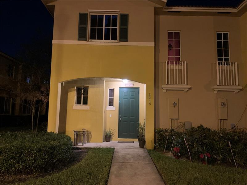 Beautiful townhome well maintain in a nice community. two Bedrooms two Bathrooms and one half bath. Open Porch, storm/Security Shutters. Seller motivated.