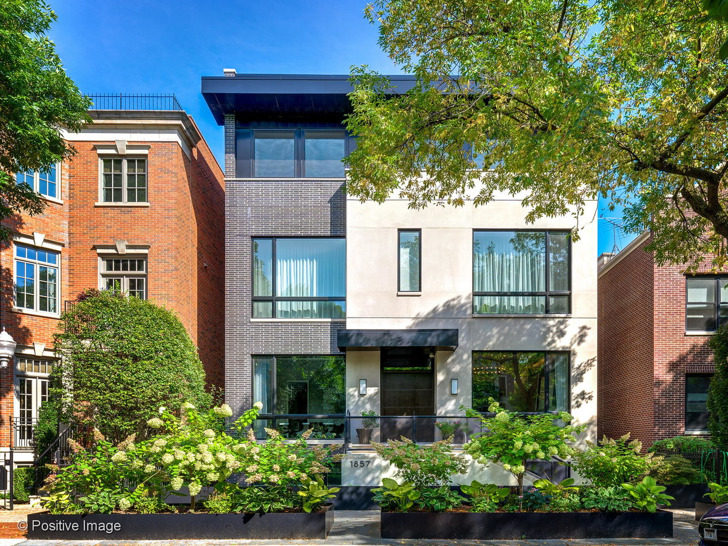 1857 N Orchard Street, Chicago, IL 60614