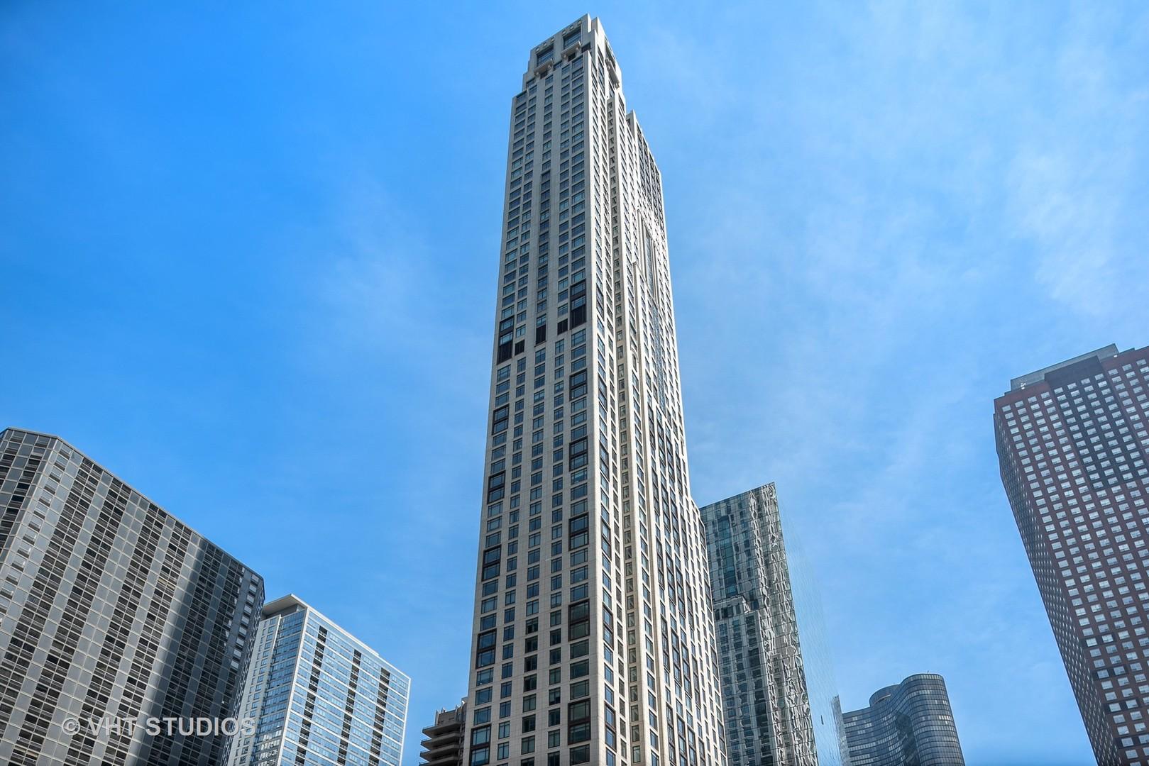 451 E Grand Avenue 6111, Chicago, IL 60611