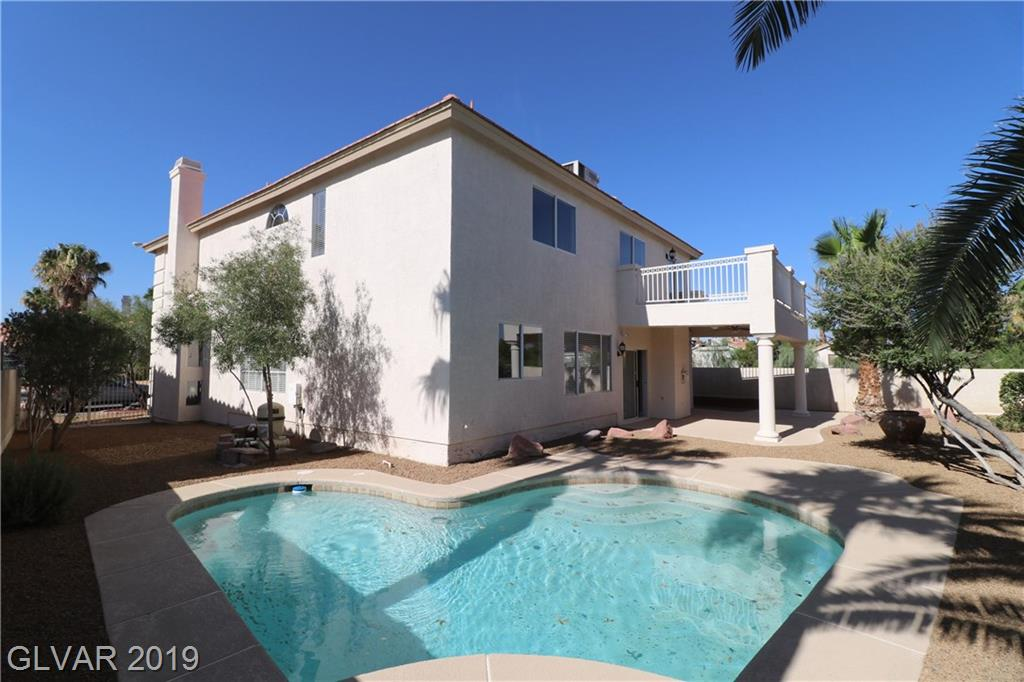 GORGEOUS 2 Story Home w/ Pool on Premium Cul-De-Sac Lot! Island Kitchen w/ Freshly Painted White Cabinets, Corian Counters, New SS Appliances, Recessed Lighting & Nook. Living Rm w/ Volume Ceiling & Gas FP, Family Rm w/ CF & Surround Sound, & Spacious Loft w/ CF, Recessed Lighting & Balcony w/ Mtn Views. 3 Car Garage, RV Parking/Gate, Covered Patio, Balcony, Fresh Int/Ext Paint, New Tile Flooring & Carpet, CF's in all Bedrooms & so much more!