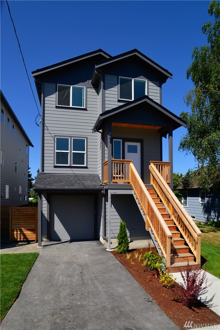 BUYER BONUS $5000 TOWARD CLOSING COSTS OR WASHER/DRYER & FRIDGE. LAKE VIEWS~ 4 Bedrooms, 3.5 Bathroom Homes, Light, Bright Open Concept Main Floor Plan with Office & Half Bath off Entry, Kitchen with Eating Island, Stainless Appliances & Access to the Deck. Upstairs 2 Beds Full Bath & 5 Piece Master with Walk in Closet. Lower Level has On-Suite with Private Entrance, Bedroom, Full Bath, & Bonus Room & Access to the Nice Backyard. Waterproof Wood like Luxury Laminate Flooring, Quartz Countertops.