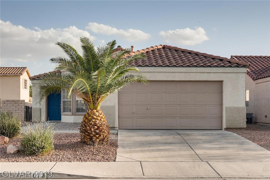 SINGLE STORY!! Located on cul-de-sac. Open & bright living w/media area, tile & carpet flooring, warming fireplace.Spacious kitchen w/nook. Large Master is separate with tub/shower combo. Relaxing backyard w/covered patio.