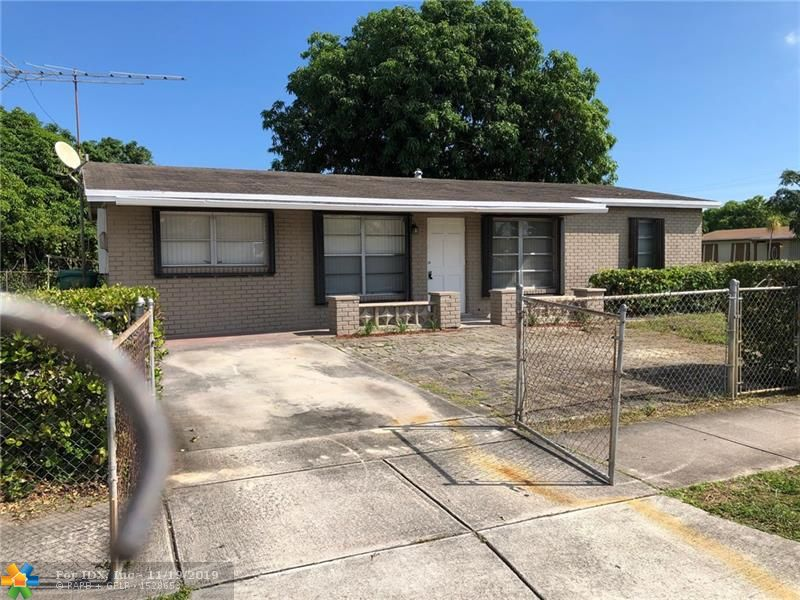 RANCH STYLE SINGLE FAMILY HOME COMPLETELY UPGRADED ON SPACIOUS FENCED CORNERED LOT WITH FRUIT TREES AND ROOM FOR A POOL. CENTRALLY LOCATED IN THE WESTWOOD SUBDIVISION IN EAST LAUDERHILL. CLOSE TO SHOPPING CENTERS, RESTAURANTS, PARKS, MALL, JUST MINUTES FROM THE BEACHES. WITH TANKLESS WATER HEATER, ROOF IS APPROXIMATELY 6 YEARS OLD. EVERYTHING IS UPDATED. THIS UPDATED PROPERTY WONT BE LAST. CALL LISTING AGENT TO SCHEDULE YOUR SHOWING.