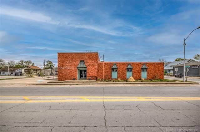 622 SE Frank Phillips Boulevard, Bartlesville, OK 74003