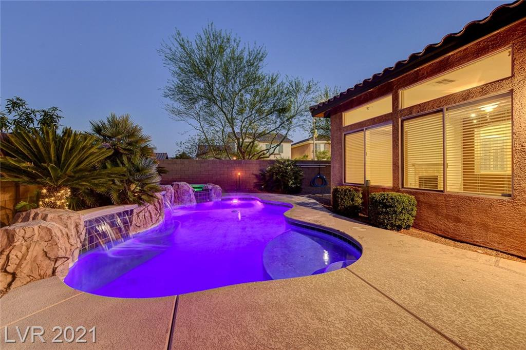 Fantastic home in the Mountain's Edge master planned community! This 4 bed/3 bath home is ready for you to jump in the pool and have some fun this summer. Located on a corner lot, the backyard features extra backyard space in addition to the pool and spa area. The downstairs features a bedroom as well as living room, family room, and is wired for surround sound speakers. The upstairs also features a loft and upgrades to the primary bathroom, including customized shower and tub. Schedule a showing for this summertime dream home quick.