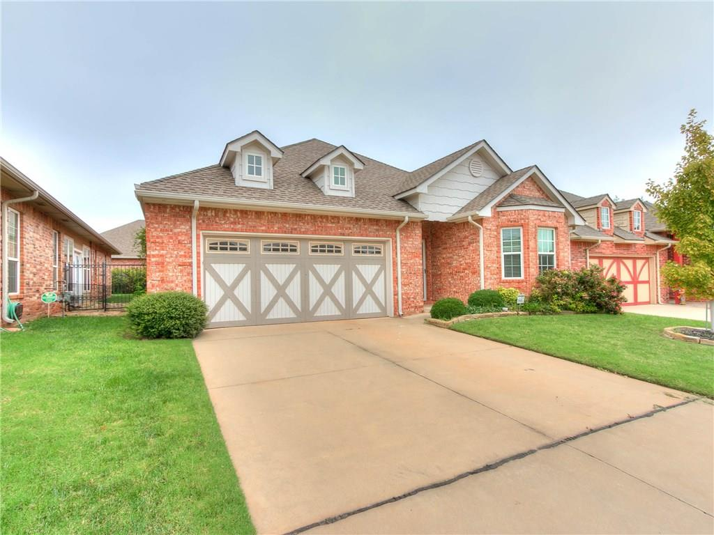 Welcome Home!  Beautifully home located in Edmond Schools. At 2088 sq ft this homes 3 bedrooms are nice and spacious. located in a great neighborhood in the highly coveted Edmond School system. Home has been maintained and has new paint and floors.