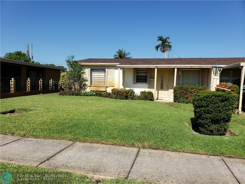 SHORT SALE - OFFICIAL 3 BEDROOM 1 BATH CONVERTED TO A 2/1 WITHOUT A PERMIT, KITCHEN 4 YEARS OLD WITH WOOD CABINETS AND GRANITE COUNTERTOPS; GAS RANGE IN KITCHEN BUT NO GAS LINE EXIST; ROOF LESS THAN 1 YEAR OLD; ACCORDIAN STORM SHUTTERS;