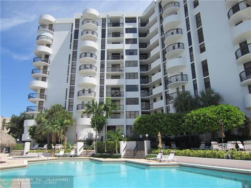 SPACIOUS CORNER UNIT WITH PANORAMIC CANAL, INTRACOASTAL AND OCEAN VIEWS! - 2 ASSIGNED PARKING SPOTS - ELEGANT AND VERY WELL MANAGED BOUTIQUE BUILDING ON A1A WITH PRIVATE BEACH ACCESS! UPDATED KITCHEN AND BATHROOMS - WASHER AND DRYER IN THE UNIT - HUGE WALK-IN CLOSET - 2 BALCONIES. RESORT STYLE POOL AREA ON THE CANAL OVERLOOKING TERRA MAR ISLAND WITH HOT TUB, GRILL STATIONS, TIKI HUT, ICE MAKER, GYM, SAUNA,GAME ROOM, BICYCLE ROOM AND MUCH MORE.... DOCK AVAILABLE FOR RENT! ATTENDED LOBBY - NEWLY REMODELED HALLWAYS AND COMMON AREAS - PET FRIENDLY - MUST SEE! WON'T LAST!