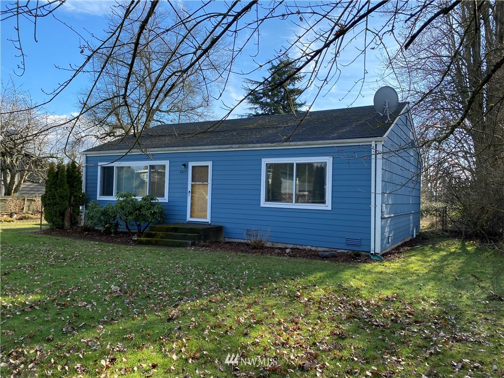 This darling cottage is cozy, comfortable and located on one of the last large lots on 148th. Renovate or choose to live in immediately, there are many opportunities for this property. Lot is 35,322 sf (.81 acres) and zoned UL7200. The home is steps away from Riverton Heights Park and Playgrounds and near the Light Rail Station in Tukwila. *****The home next door is also For Sale, same owners, see (MLS#1720910). Both properties together are 1.32 acres and could be subdivided up to 7/8 lots. Buyer to verify building opportunities.