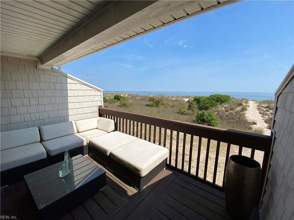 Covered balcony and unobstructed views of the Chesapeake Bay!