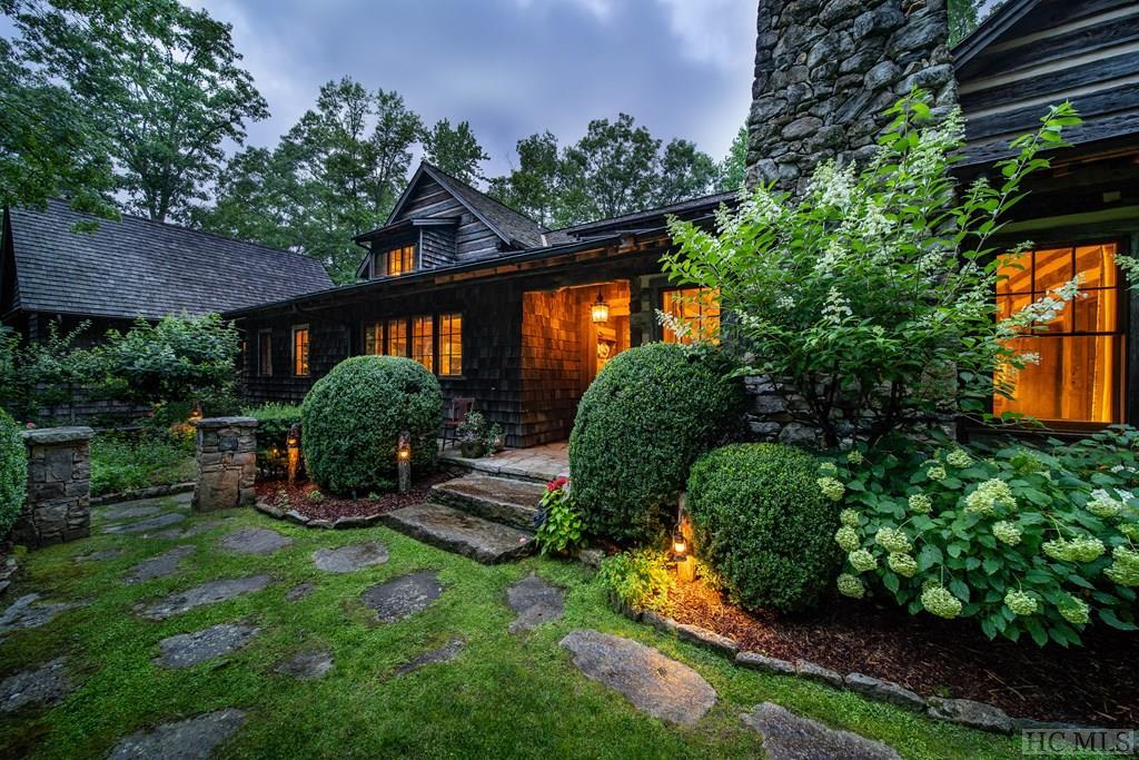 131 Bent Tree Lane, Cashiers, NC 28717