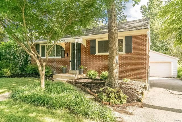 7718 Weston Place, Richmond Heights, MO 63117
