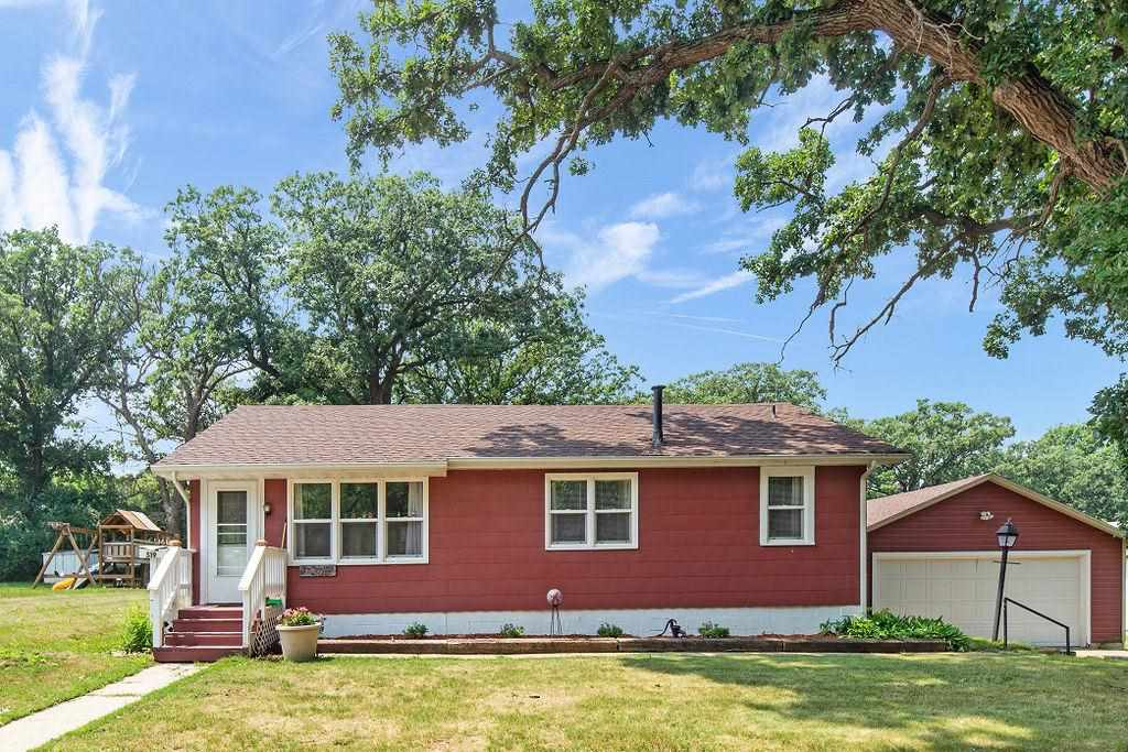 519 W 6th St N, Estherville, IA 51334