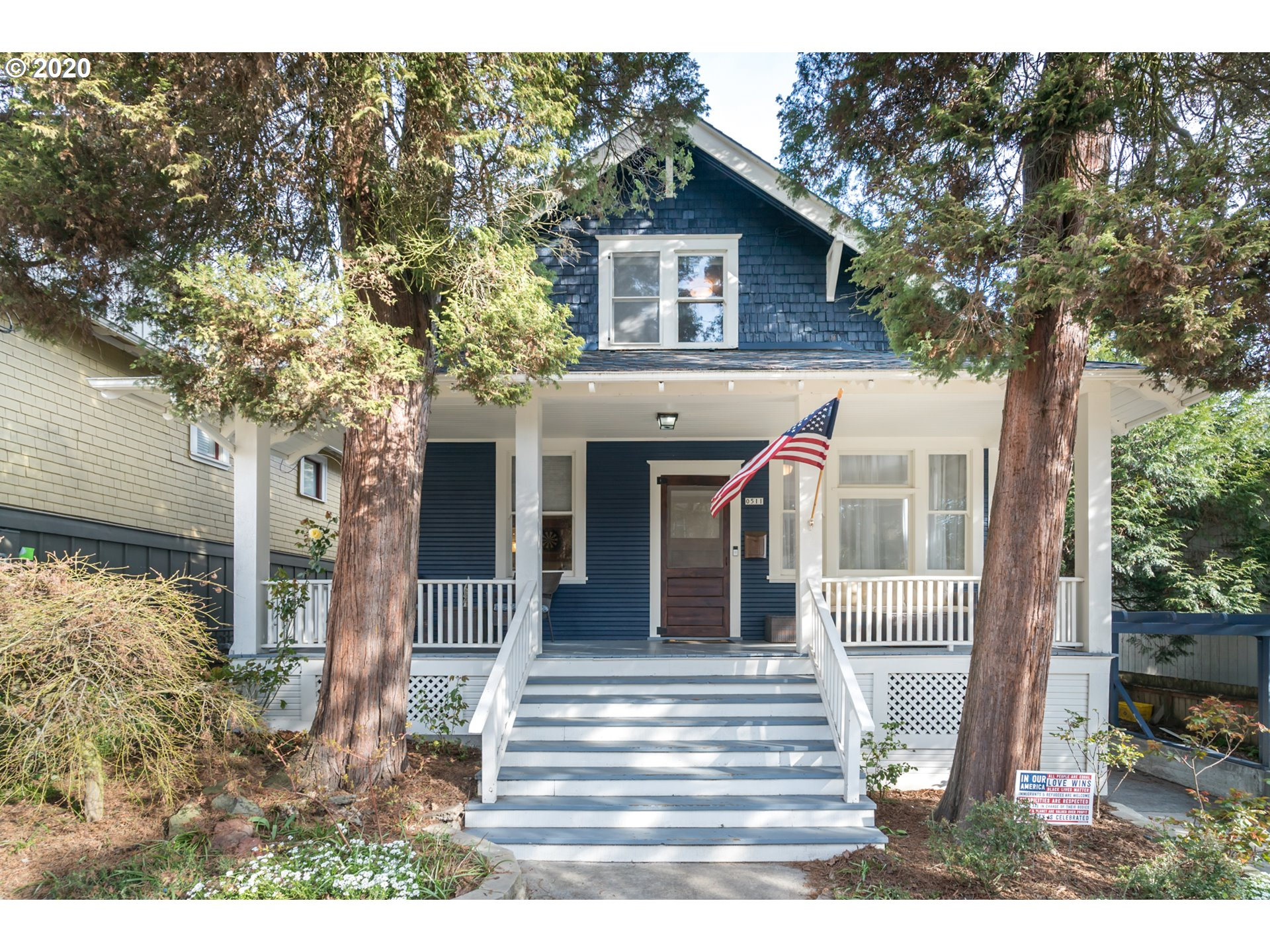 Thoughtfully renovated home in coveted John's Landing! Steps from Zupans, Willamette Park and many restaurants- this home is an urban dweller's dream! Fenced in backyard, gorgeous updated kitchen with high end appliances and respect to original finishes throughout. Enjoy the 1910 features old and new, from it's hidden speakeasy style bar and clawfoot tub to the pull out pantry and soft close drawers- this house it's a must see! Unfinished basement with a separate entrance has options galore!