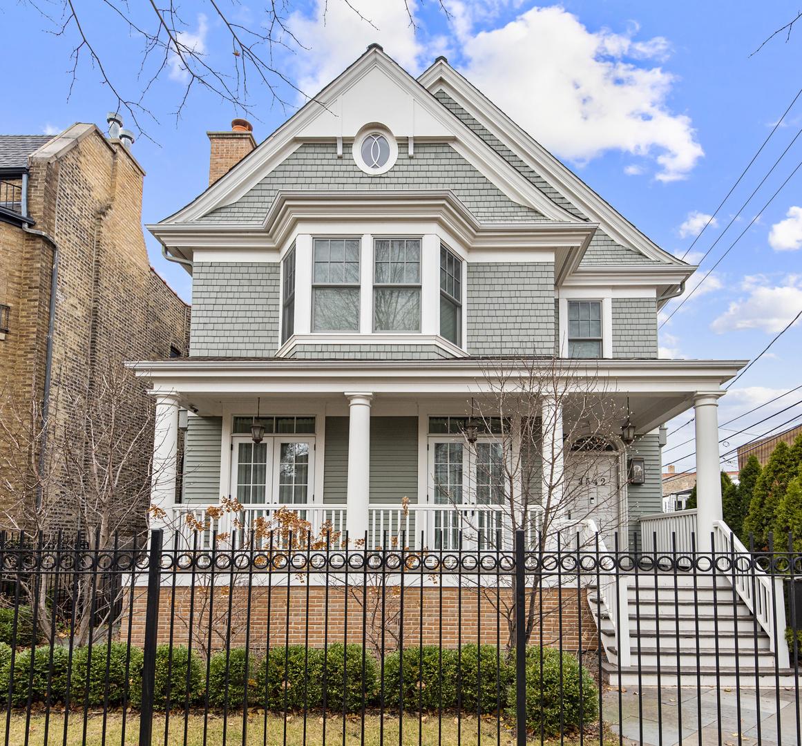 3542 N Greenview Avenue, Chicago, IL 60657