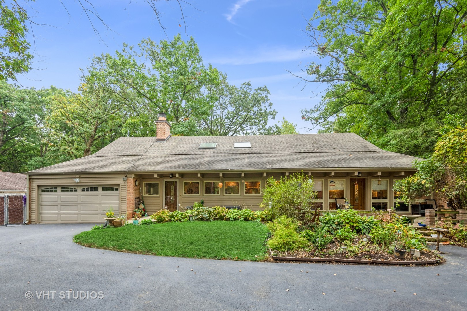 4685 Forest View Drive, Northbrook, IL 60062