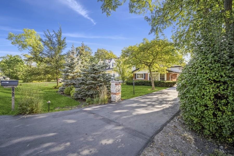 1621 Sunset Ridge Road, Glenview, IL 60025