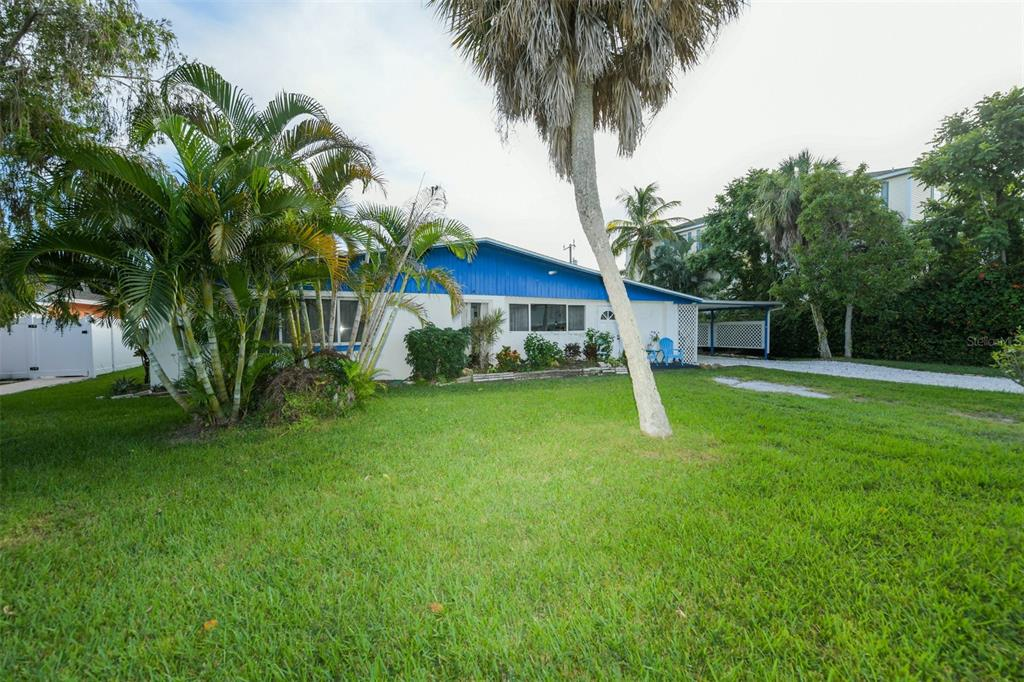 305 58Th Street, Holmes Beach, FL 34217