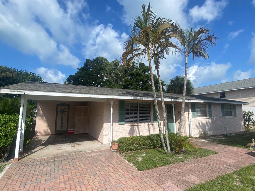 213 Lakeview Drive, Anna Maria, FL 34216