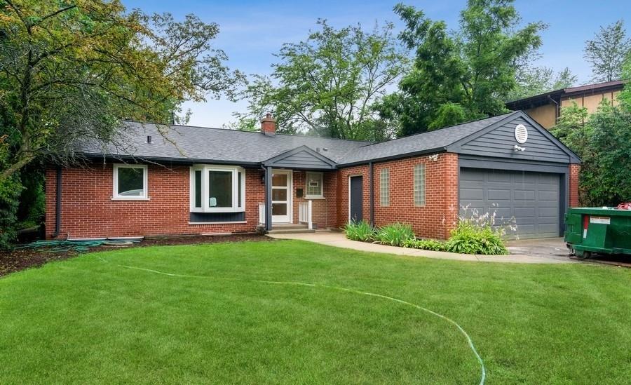 570 Rambler Lane, Highland Park, IL 60035