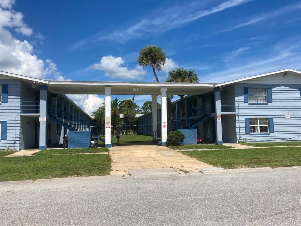 180 Minna Lane 406, Merritt Island, FL 32953