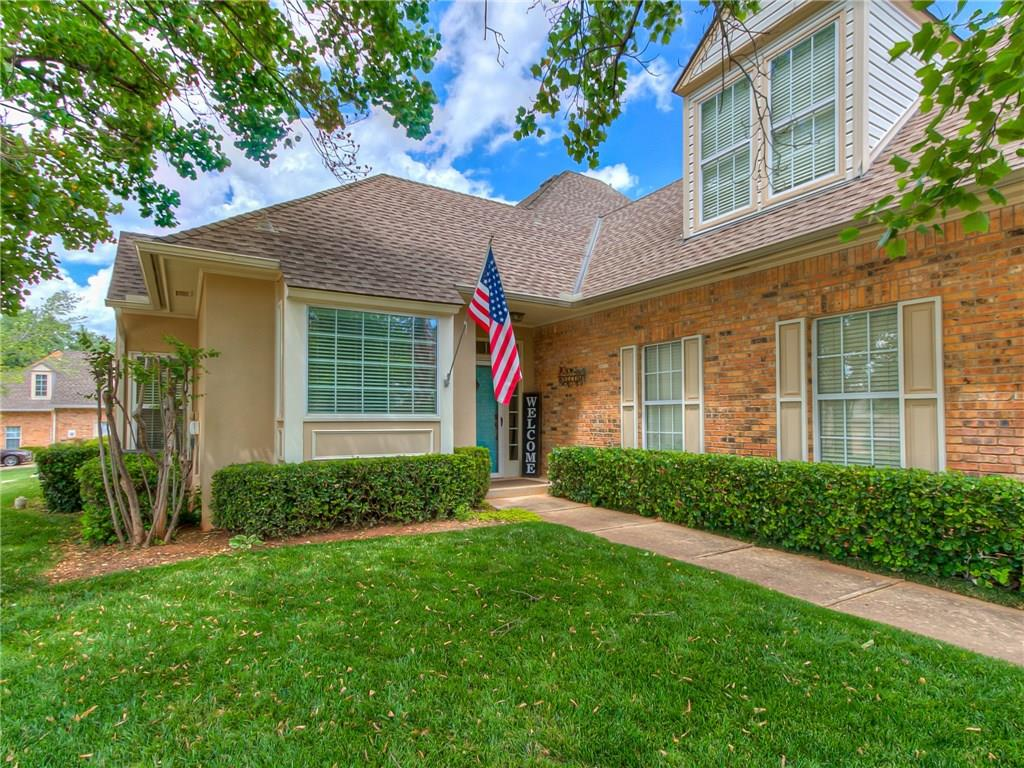 Do you dream of peaceful easy living? This golf course townhouse is that & more! Don't worry about ANYTHING on the exterior; the HOA takes care of IT ALL meaning insurance costs significantly less! Your security fee provides the gated entrance and patrols. The moment you enter this lovely home you are immediately drawn in by the high ceilings extending to the 2nd floor. The light bright color palette & updated lighting go perfectly with any decor.The kitchen & breakfast room are separated from the main living by double doors where granite counters & modern appliances are the icing on the cake. Cathedral ceiling, easy gas log fireplace & real hardwood floors create an amazing living room. Upstairs the 2 extra-large rooms offer versatility for bedrooms or bonus rooms plus both have their own bath & closet. Extra living space in tandem garage is an office but could be so many things. Virtual tour: https://www.zillow.com/view-3d-home/0b2cc364-bc5a-4b9c-9c37-98ff5c810ceb?setAttribution=mls